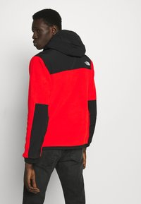 The North Face - DENALI ANORAK - Jersey con capucha - fiery red - 2