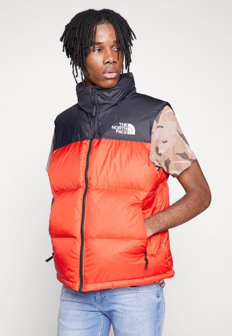 The North Face - 1996 RETRO NUPTSE VEST - Smanicato - fiery red