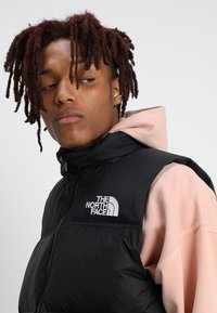 The North Face - 1996 RETRO NUPTSE VEST - Smanicato - black - 4
