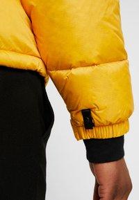 The North Face - 1996 RETRO NUPTSE JACKET UNISEX - Piumino - yellow - 5