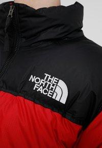 The North Face - 1996 RETRO NUPTSE JACKET UNISEX - Piumino - red - 4