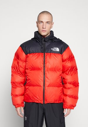 1996 RETRO NUPTSE JACKET - Gewatteerde jas - fiery red