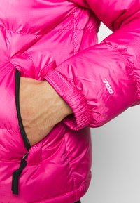 The North Face - 1996 RETRO NUPTSE JACKET - Piumino - pink - 6