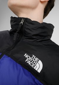 The North Face - 1996 RETRO NUPTSE JACKET UNISEX - Piumino - aztec blue - 4