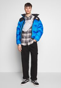 The North Face - 1996 RETRO NUPTSE JACKET - Piumino - clear lake blue - 1