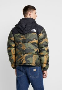The North Face - 1996 RETRO NUPTSE JACKET UNISEX - Piumino - burnt olive - 3