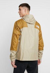 The North Face - Windjack - beige - 2