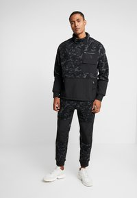 The North Face - RAGE CLASSIC  - Sweat polaire - asphalt grey - 1