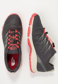 The North Face - VENTURE GTX  - Hiking shoes - blackened pearl - 1