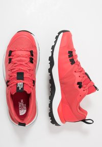 The North Face - WOMEN'S ACTIVIST LITE - Hiking shoes - cayenne red/black - 1