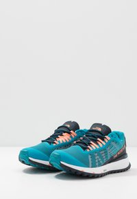 The North Face - WOMEN'S ULTRA SWIFT - Obuwie do biegania treningowe - caribbean sea/urban navy - 2