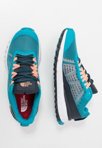 The North Face - WOMEN'S ULTRA SWIFT - Obuwie do biegania treningowe - caribbean sea/urban navy - 1