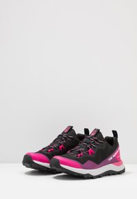 The North Face - W ACTIVIST FUTURELIGHT - Outdoorschoenen - black/pink - 2