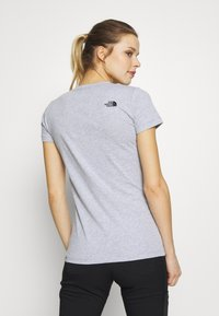The North Face - WOMENS EASY TEE - T-shirt z nadrukiem - light grey - 2