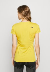 The North Face - WOMENS EASY TEE - T-shirt print - bamboo yellow - 2