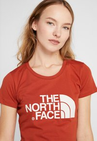 The North Face - WOMENS EASY TEE - T-Shirt print - picante red - 3