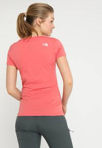 The North Face - SIMPLE DOME TEE - T-shirt basic - spiced coral - 2
