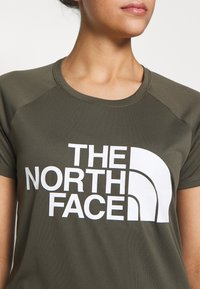 The North Face - GRAP PLAY HARD - T-shirt print - new taupe green - 4