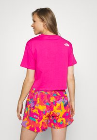 The North Face - CROPPED SIMPLE DOME TEE - T-shirts med print - pink - 2