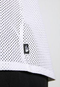 The North Face - WOMENS ACTIVE TRAIL - T-shirts med print - white - 5