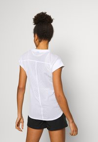 The North Face - WOMENS ACTIVE TRAIL - T-shirts med print - white - 2