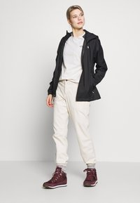 The North Face - WOMENS CORREIA TEE - Langarmshirt - vintage white - 1