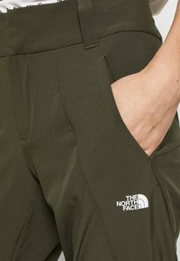 The North Face - WOMEN HIKESTELLER PANT - Friluftsbukser - new taupe green - 4