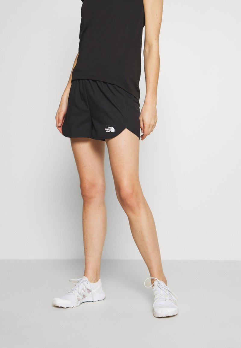 The North Face - WOMEN'S ACTIVE TRAIL RUN SHORT - Urheilushortsit - black