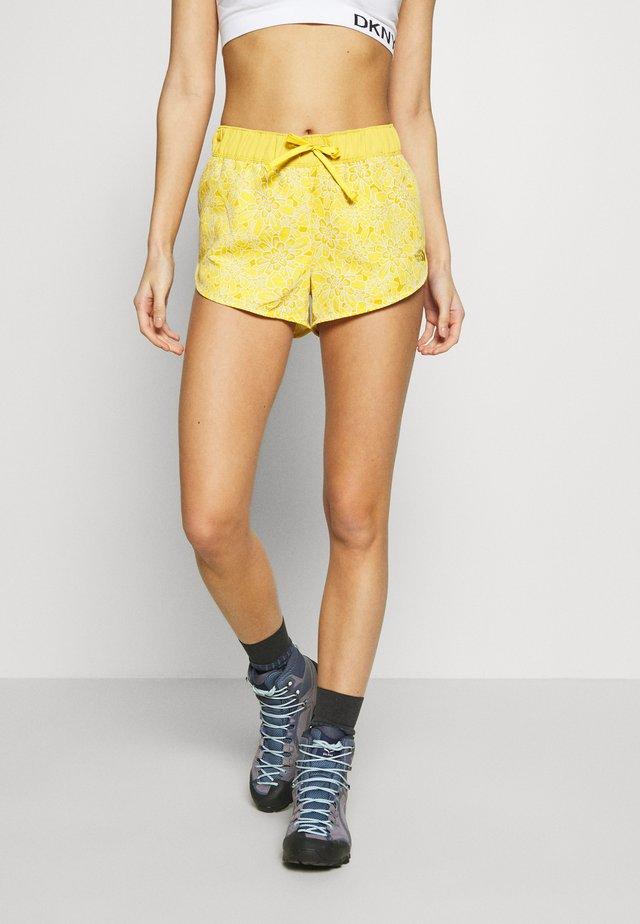 WOMENS CLASS MINI - Korte sportsbukser - bamboo yellow