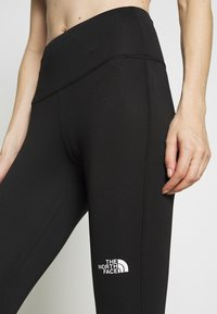 The North Face - WOMENS NEW FLEX HIGH RISE 7/8 - Collants - black - 4