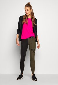 The North Face - WOMENS FLEX MID RISE - Leggings - black/new taupe green - 1