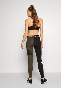 The North Face - WOMENS FLEX MID RISE - Leggings - black/new taupe green