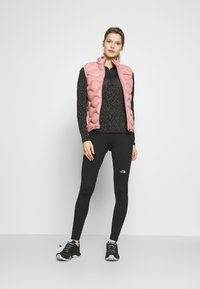 The North Face - WOMENS AMBITION MID RISE - Leggings - black - 1