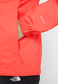 The North Face - QUEST  - Kurtka hardshell - radiant orange - 6