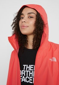 The North Face - QUEST  - Kurtka hardshell - radiant orange - 3