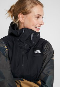 The North Face - TANAGER JACKET - Giacca hard shell - tnf black/new taupe green palms print - 3