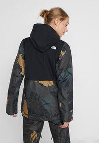 The North Face - TANAGER JACKET - Giacca hard shell - tnf black/new taupe green palms print - 2