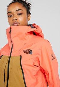 The North Face - W PURIST FutureLight™ JACKET - Skijakke - radiant orange/british khaki - 5