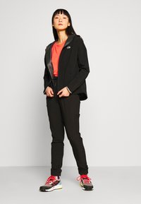 The North Face - WOMENS AMBITION H20 JACKET - Hardshell jacket - black - 1