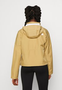 The North Face - W ARQUE ACTIVE TRAIL FUTURELIGHT JACKET - Giacca hard shell - kelp tan - 2