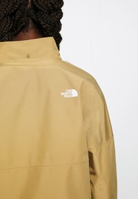 The North Face - W ARQUE ACTIVE TRAIL FUTURELIGHT JACKET - Giacca hard shell - kelp tan - 7