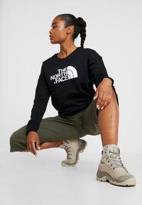 The North Face - DREW PEAK CREW - Sweatshirt - black - 1