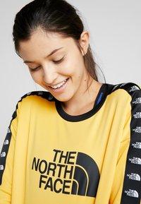 The North Face - CREW - Bluza - yellow - 3