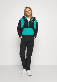 The North Face - WOMENS BLOCKED - Fleecová mikina - jaiden green/black - 1