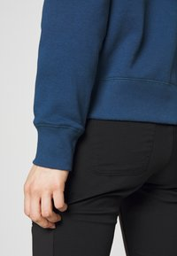 The North Face - WOMENS PARKS SLIGHTLY CROPPED CREW - Sweatshirt - blue wing teal - 5