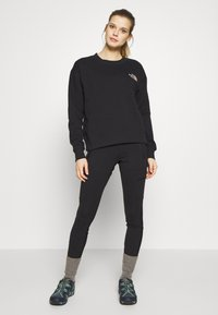 The North Face - WOMENS PARKS SLIGHTLY CROPPED CREW - Bluza - black - 1