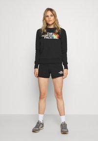 The North Face - RAINBOW CROPPED CREW - Sweatshirt - black - 1