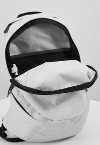 The North Face - WOMENS ELECTRA 11 - Rucksack - white metallic melange/black - 3