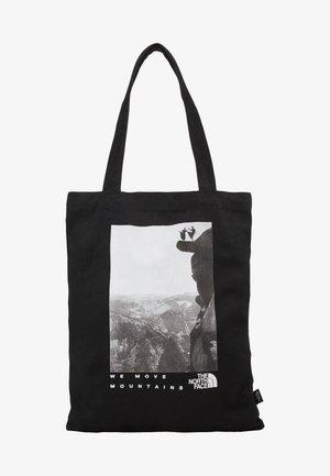 WOMAN DAY BAG - Treningsbag - black