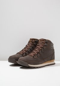 The North Face - BACK TO BERKELEY REDUX - Winter boots - chocolate brown/golden brown - 2